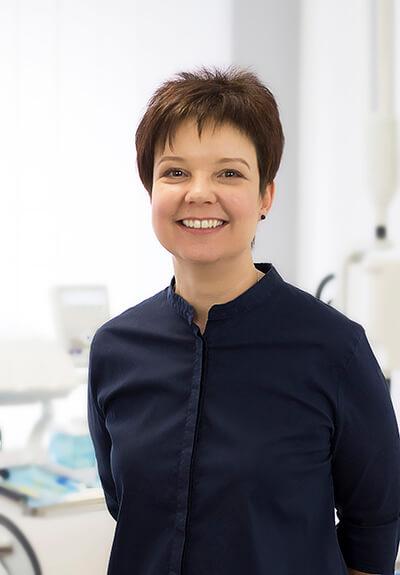 Dr. Rácz Bernadett - Fogorvos