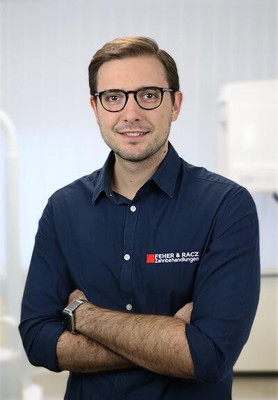 Dr. Balazs Feher - Fachzahnarzt für orale Chirurgie